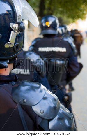 Police 05