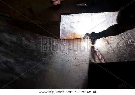 Manual welding of tank