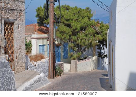 Narrow street, Halki island