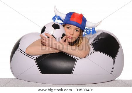 verzweifelt Football Cheerleader mit ball