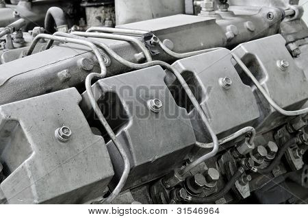Four Cycle Diesel Engine