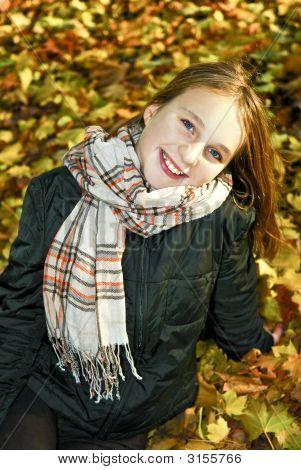 Adolescente no Outono