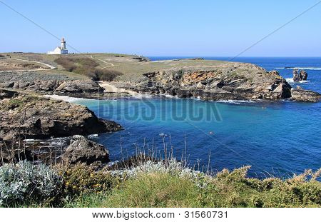 Pointe Des Poulaines Lighthouse