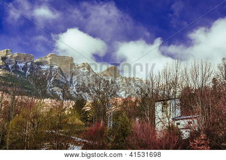 Snowy peaks of the pirineos rockies