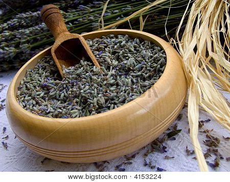 Lavander in wooden bowl