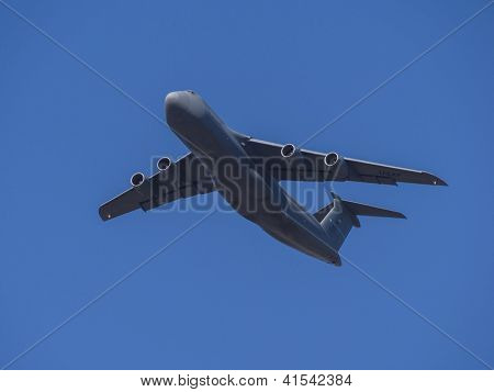 C-5 Super Galaxy Taking Fligtht