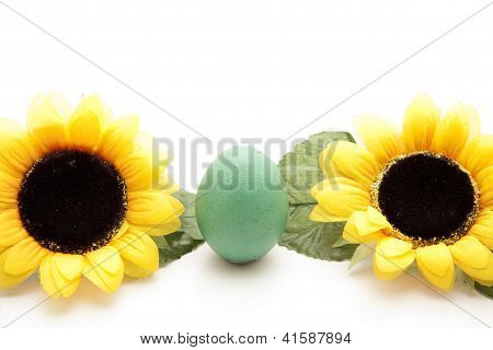 Sunflower with Green Easteregg