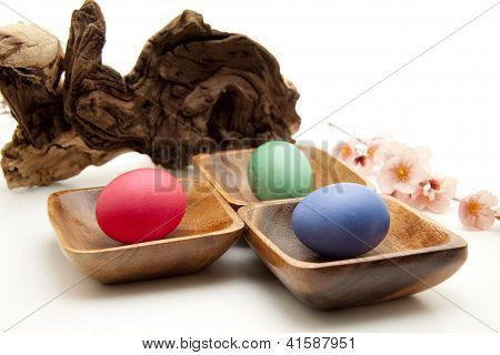 Tree Trunk with Eastereggs in Bowl