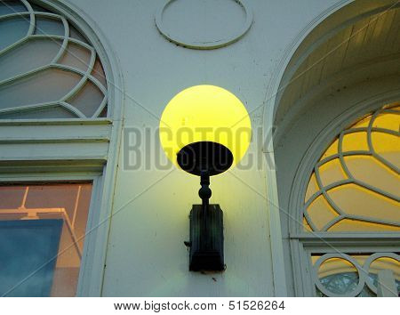 Old Gas Light