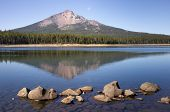 Four Mile Lake Mount Mcloughlin Klamath County Oregon Cascade Mountains