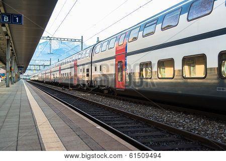 Red train from Tirano to the Switzerland