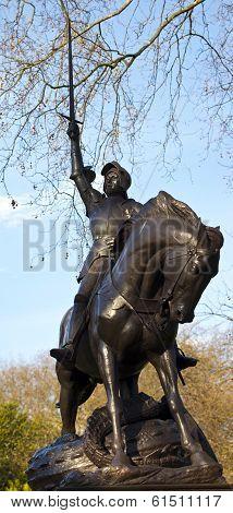 Cavalry Memorial In Hyde Park
