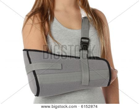 Woman wearing an arm brace