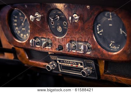 Dashboard in retro car