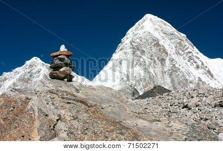 Mount Pumo Ri And Stone Man Near Everest Base Camp - Nepal