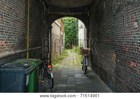 Old Dutch Alley
