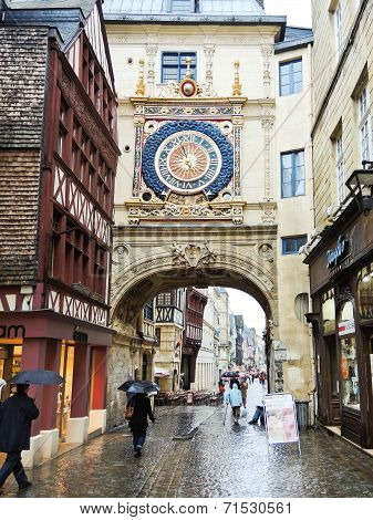People On Steet Rue Du Gros-horloge, Rouen