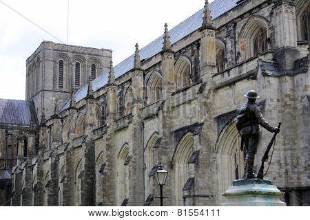 Winchester Statue