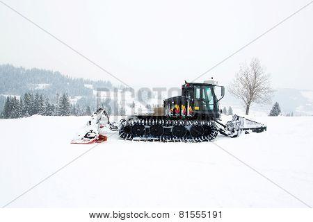 Black ratrak in winter scenery