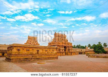 View Of The Entrance Tower At Hindu Brihadishvara Temple, India, Tamil Nadu, Thanjavour,  (trichy),