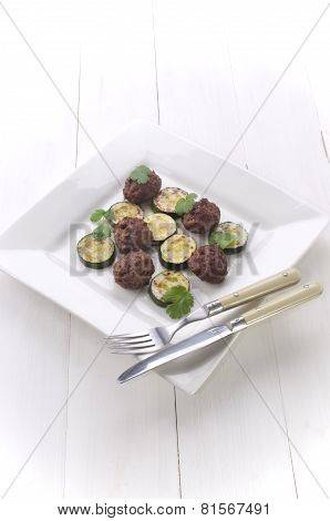 Grilled Courgette And Meat Balls