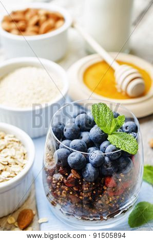 Oatmeal Nuts Quinoa Granola With Blueberries