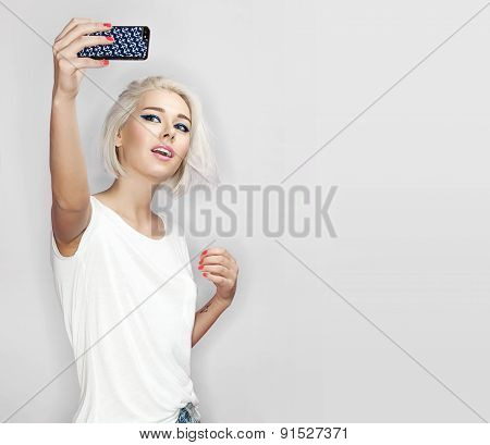 Young woman make selfie