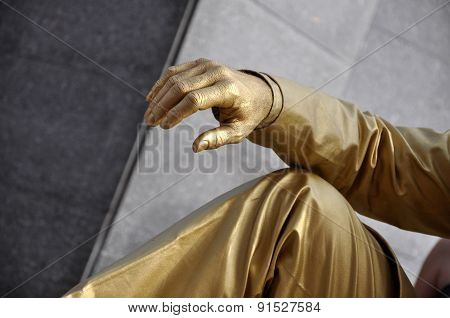Street Performer, Living Statue In Golden Costume