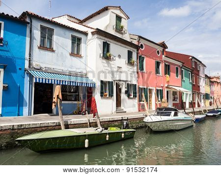 Burano, Italy - 21 May 2015: Painted Buildings And Canals On The Island Of Burano Near Venice, Italy