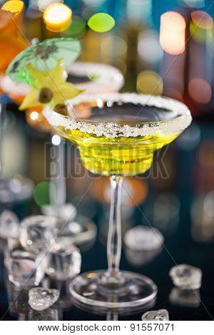 Cocktail on bar desk on bar desk, close-up.