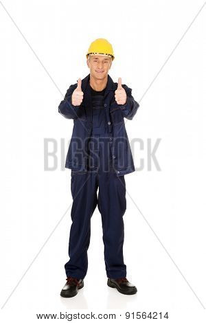 Full length repairman showing thumbs up.