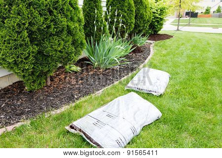 Mulching Flowerbeds Around The House