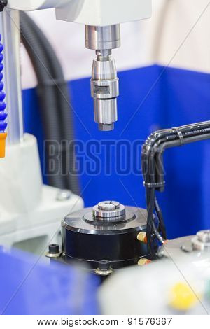 Auto Drilling Machine With Chucking Collet