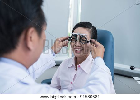Testing eyesight