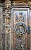 picture of pilaster  - carved wooden portal of an italian church - JPG