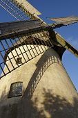 image of windmills  - The windmill Hille  - JPG