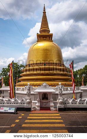 Buddhist dagoba (stupa) in Golden Temple. Dambulla Sri Lanka