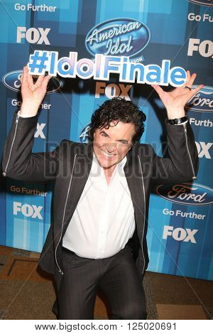 LOS ANGELES - APR 7:  Scott Borchetta at the American Idol Finale Press Room at the Dolby Theater on April 7, 2016 in Los Angeles, CA