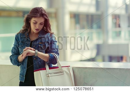 Young pretty woman in the shopping mall
