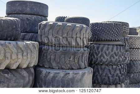Used Heavy Equipment Tires Ready For Recycling Industry