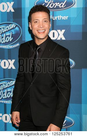 LOS ANGELES - APR 7:  Justin Guarini at the American Idol FINALE Arrivals at the Dolby Theater on April 7, 2016 in Los Angeles, CA