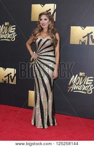 LOS ANGELES - APR 9:  Farrah Abraham at the 2016 MTV Movie Awards Arrivals at the Warner Brothers Studio on April 9, 2016 in Burbank, CA