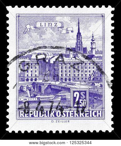 AUSTRIA - CIRCA 1962:  Cancelled postage stamp printed by Austria, that shows Danube Bridge in Linz.