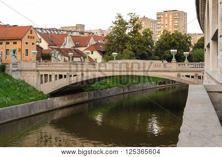 The arched Dragon Bridge constructed with reinforced concrete dedicated to Franz Joseph I commemorating forty years of his rule 1848 to 1888