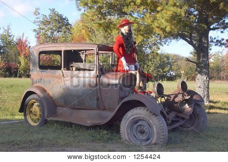 Bayfield Scarecrow Girl