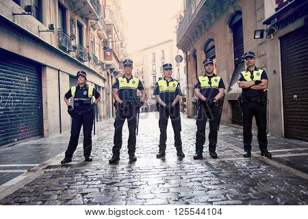 Pamplona Navarra Spain July 12 2015 S Firmino Fiesta Police Stop The Bulls Runners Before The Race S