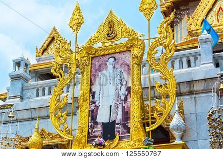 BANGKOK THAILAND - 12 March 2016 : Landscape at Wat Traimit (The Temple of the Golden Buddha) in Bangkok Thailand. Selective focus