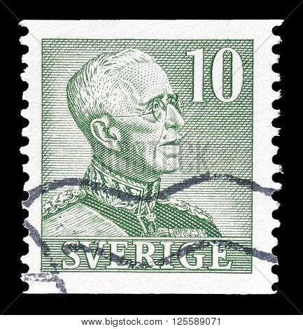 SWEDEN - CIRCA 1948 : Cancelled postage stamp printed by Sweden, that shows king Gustaf.