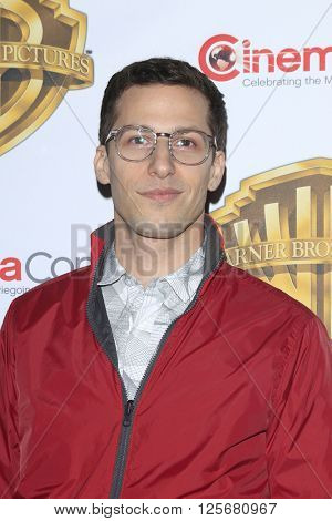 LAS VEGAS - APR 12: Andy Samberg at the Warner Bros. Pictures Presentation during CinemaCon at Caesars Palace on April 12, 2016 in Las Vegas, Nevada