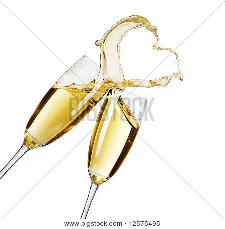 Dois copos de champanhe com splash abstrato